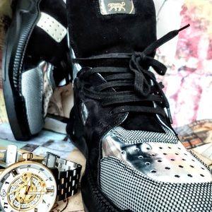 Nima's footwear LLC